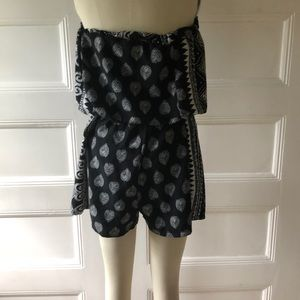 Other - Cute Patterned Romper!